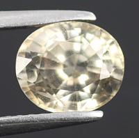 gemstone: เพทาย (Zircon) size: 8.0x6.8x4.7 carat: 2.54Ct.