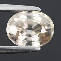 gemstone: เพทาย (Zircon) size: 8.4x6.6x4.5 carat: 2.33Ct.