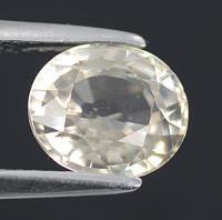 gemstone: เพทาย (Zircon) size: 8.1x7.1x4.5 carat: 2.66Ct.