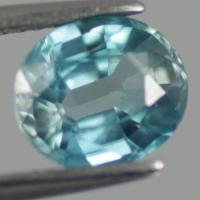 gemstone: เพทาย (Zircon) size: 8.2x7.2x4.0 carat: 2.62Ct.