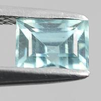 gemstone: เพทาย (Zircon) size: 6.2x4.7 carat: 1.47Ct.