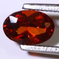gemstone: โกเมน-Garnet size: 6.9x5.0x3.0 carat: 0.82Ct.