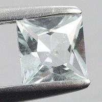gemstone: อะคัวมารีน-Aquamarine size: 5.0x5.0 carat: 0.50Ct.