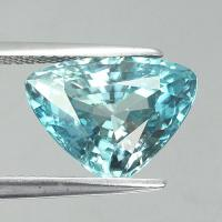 gemstone: เพทาย (Zircon) size: 12.9x9.5x6.4 carat: 6.83Ct.
