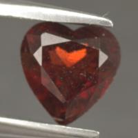 gemstone: โกเมน-Garnet size: 7.2x7.0x3.7 carat: 1.31Ct.