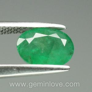 พลอยมรกต Emerald อัญมณีสีเขียว เสริมดวงวันพุธ เสริมราศีพฤษภา พลอยดิบ