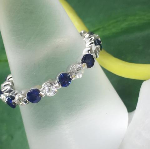 แหวนพลอยไพลิน blue sapphire white sapphire ring แหวนรอบนิ้ว แหวนพลอยเสริมดวง