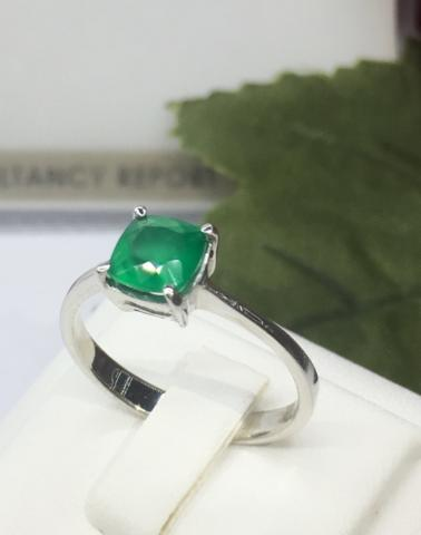 พลอยมรกต วันพุธ แหวน ring green พลอยแท้สีเขียว sapphire เสริมดวง ดูดวง แก้ชง เสริมราศี  หินสี หินนำโชค เครื่องประดับ