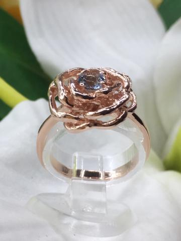 Blue Topaz ring แหวนพลอยบลูโทพาส พลอยสีฟ้า ของขวัญปีใหม่ เสริมดวงวันศุกร์ เสริมราศีธนู หินสีเสริมดวง แก้ชง พลอยแท้ มีใบเซอร์ฯ