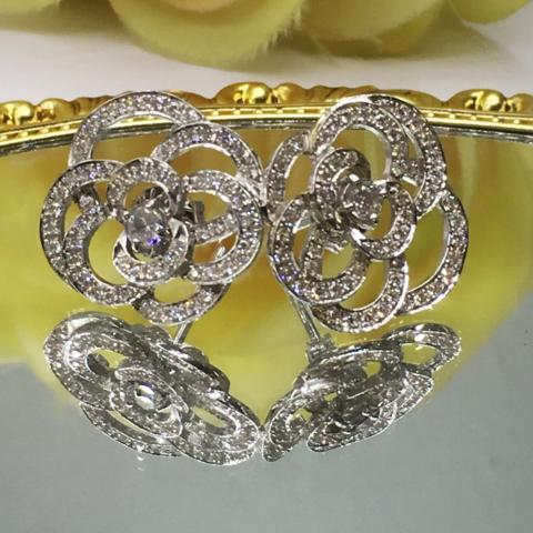 White Zircon earring  ต่างหูพลอยเพทายขาว  เพชรแท้ พลอยแท้ พลอยเสริมดวง ชาแนล สีขาว ดูดวง ราศี เมษ ของขวัญวันเกิด แก้ชง