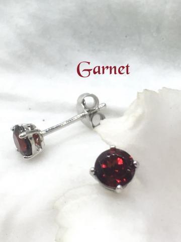 garnet ต่างหู เสริมดวง ปรับธาตุ พลอยโกเมน สีแดง พลอยแท้ เดือนมกราคม การ์เน็ต แหวน พลอย สร้อย แก้ชง ดูดวง เสริมดวง ราศีมกรา