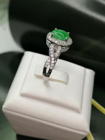 หยกพม่า เจไดหยก แหวนหยก หยกแท้ jade พลอยสีเขียวเสริมดวง หยกแก้ชง